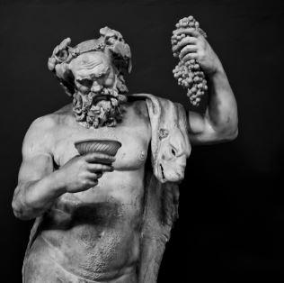 Dionisio dios griego vino
